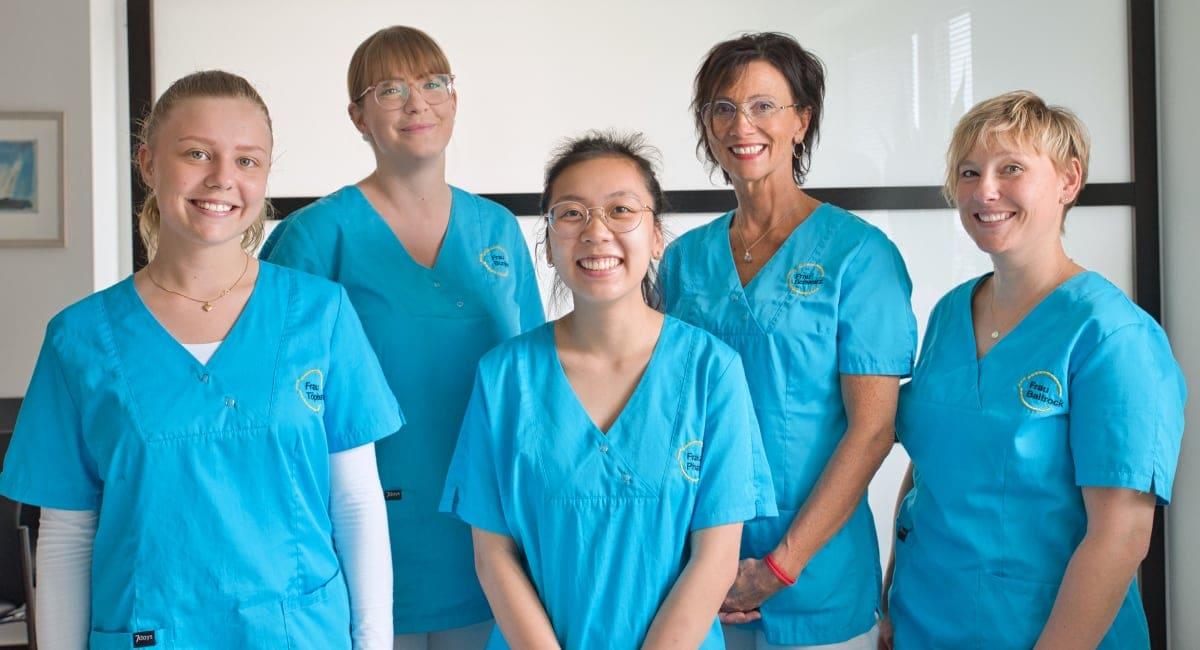 Hausarztpraxis-Schmeichel-Deckena-Oldenburg-Medizinische-Fachangestellte-Team